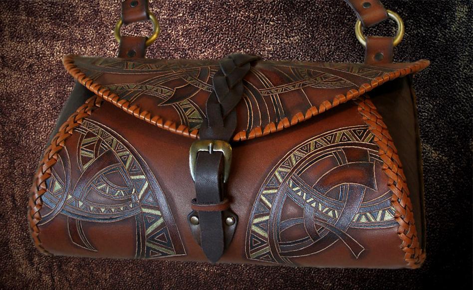 Индивидуальное изготовление кожаных сумок в Москве