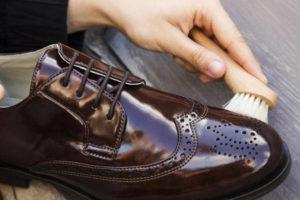 Реставрация кожаной обуви в мастерской